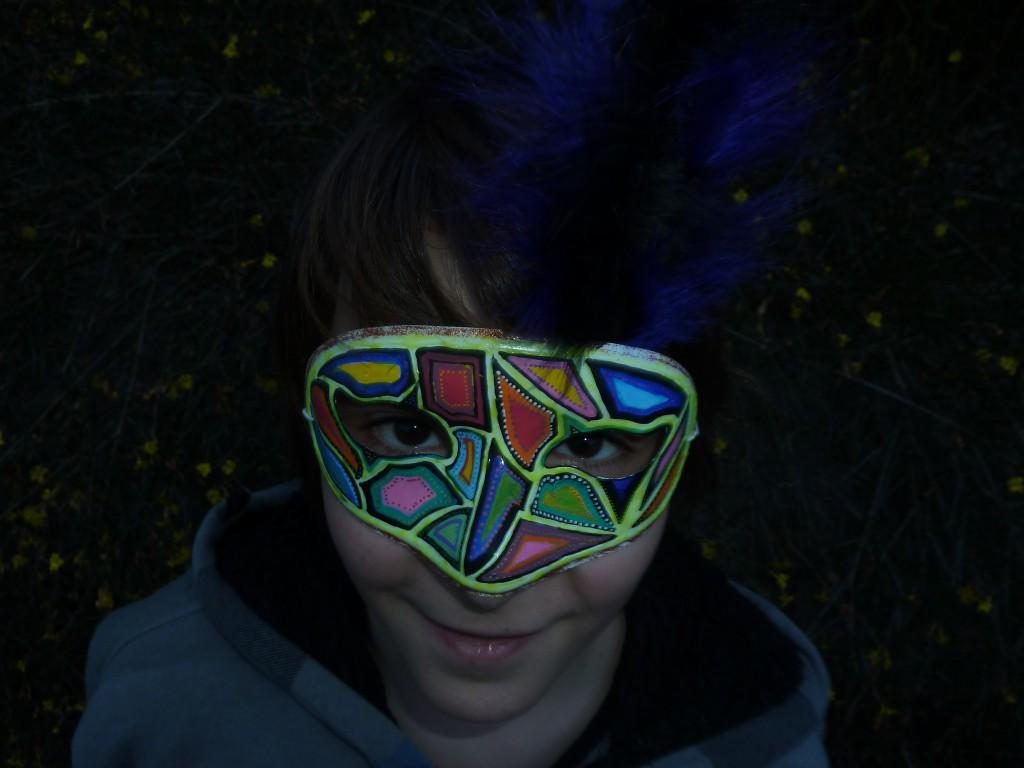 DIY Masque coloré et phosphorescent