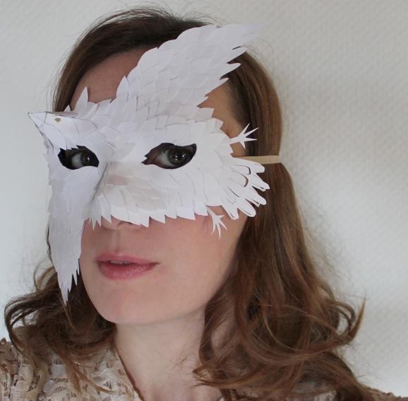 Masque Plumes de papier - Ellybeth