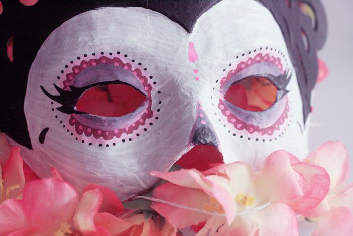 """Masque """"Dia de los muertos"""" - Poulette magique - étape 3"""