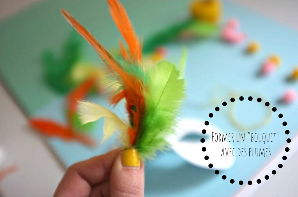 """Pompon Girl - Etape 1 : Former un """"bouquet"""" avec des plumes"""