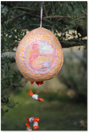 DIY La Piñapaques - Piñata de Pâques