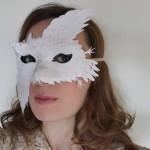 """Masque """" Des plumes de papier"""" - Ellybeth"""